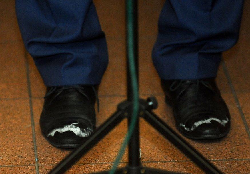 Otra izplatītakā lieta, kas cieš no pārmērīgas sāls izmantošanas ir apavi. Attēlā pēdējā laika aprunātākās kurpes.